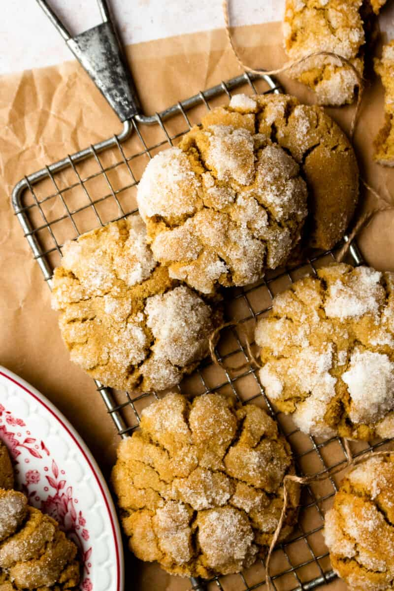 ginger cookies on drying rack