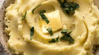 Best Mashed Potatoes Recipe (VIDEO)