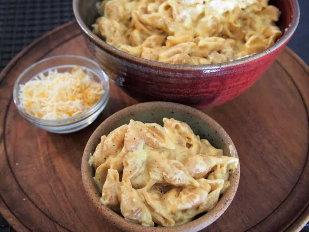 15 minute mac and cheese!! the only recipe you will ever need. i wish i had learned this years ago!