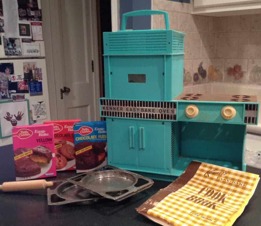 first began loving to cook on an easy bake oven. loved this!