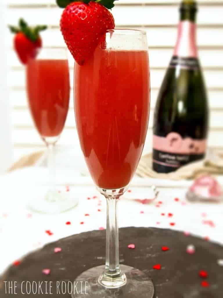 strawberry crush mimosas.  making these for valentines day! #thirstythursday