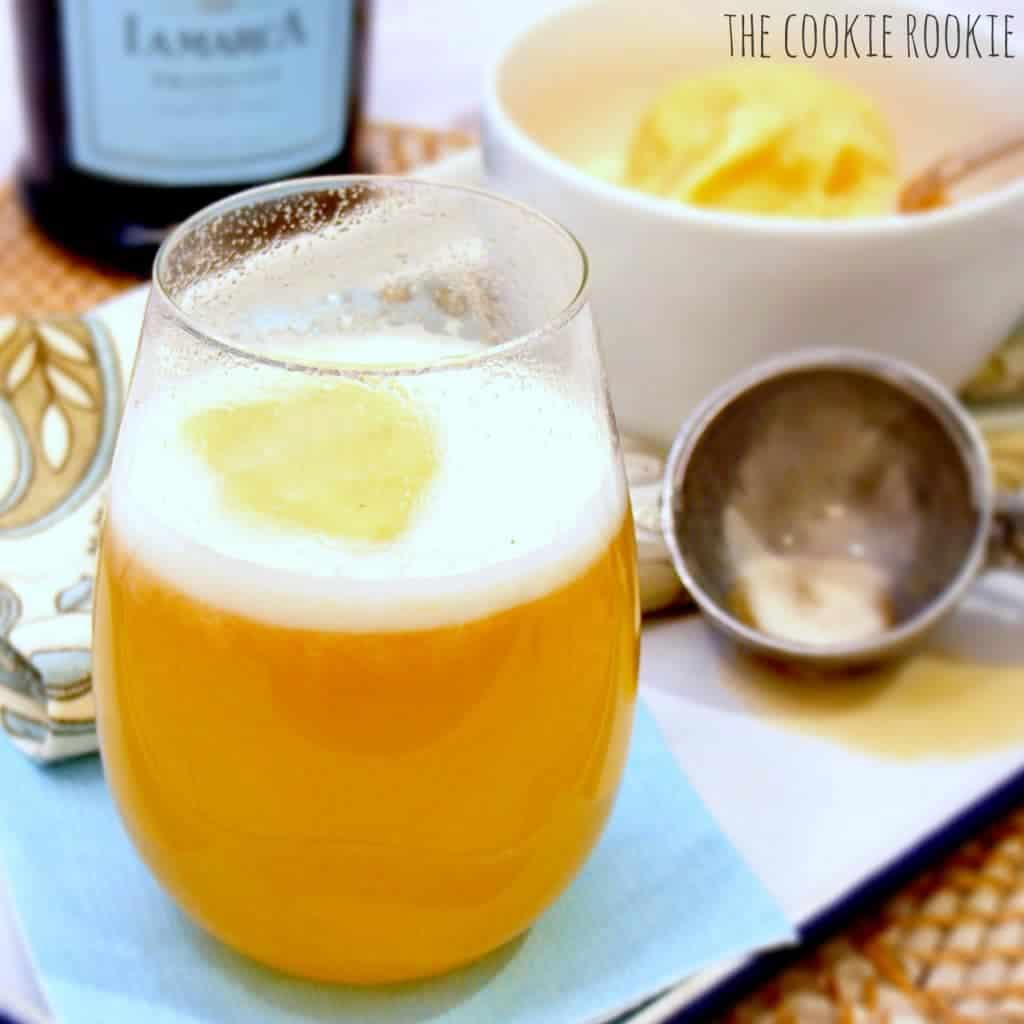 La Marca Peach Prosecco Fizz. Peach Sorbet with Prosecco! Delicious and refreshing. {The Cookie Rookie}