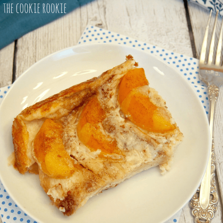 Peaches and Cream Overnight French Toast. FAVORITE BRUNCH RECIPE!! Delicious and easy french toast bake. - The Cookie Rookie