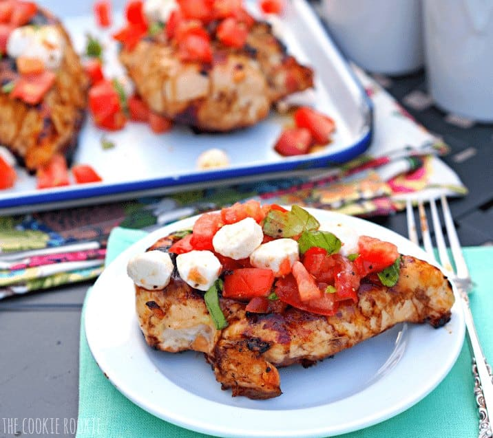 Caprese Bruschetta Chicken. Our favorite healthy meal to grill for summer! - The Cookie Rookie