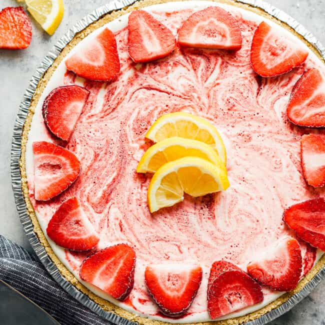 featured strawberry lemonade pie