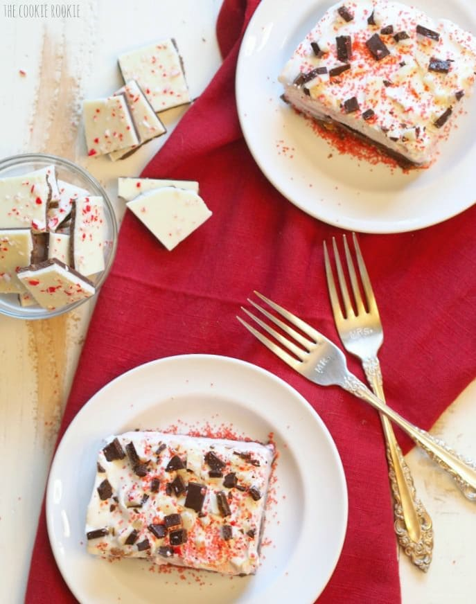 Peppermint Ice Cream Brownie Bars. These are the perfect winter dessert! Great for holiday parties | The Cookie Rookie