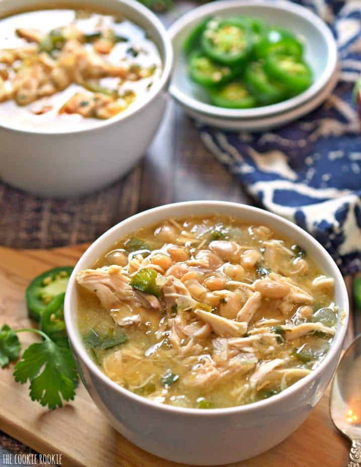EASY Spicy White Chicken Chili! New favorite comfort food for fall and ...