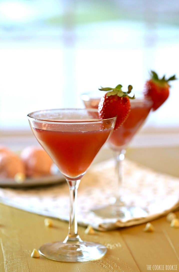 Strawberry Champagne Martini The Cookie Rookie