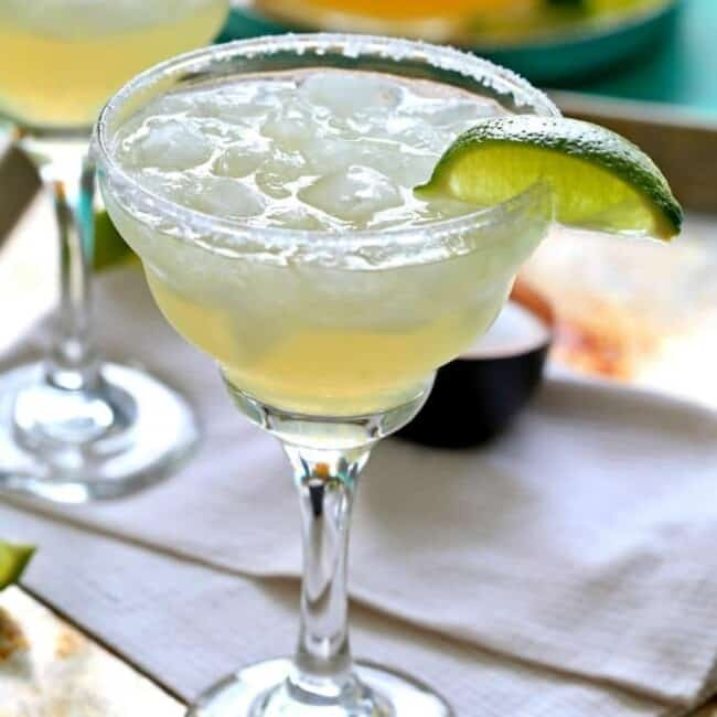 Easy Beergaritas! Easy Beer Margaritas perfect for GAMEDAY! Made with limeade concentrate, beer, and of course tequila! Cheers! | The Cookie Rookie