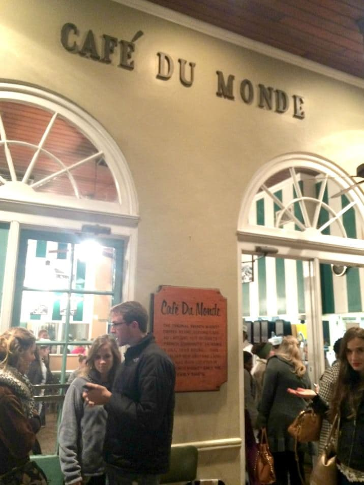cafe du monde in New Orleans has the best food in New Orleans