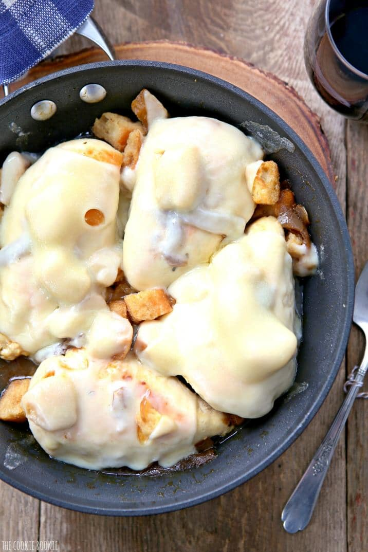 Skillet French Onion Chicken! Easy go-to dinner idea, SO DELICIOUS! Made in one pan in under 20 minutes! Cheesy and delicious skillet chicken! | The Cookie Rookie