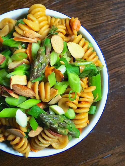 Asparagus Pasta Salad with Creamy Peanut Dressing | The Lemon Bowl