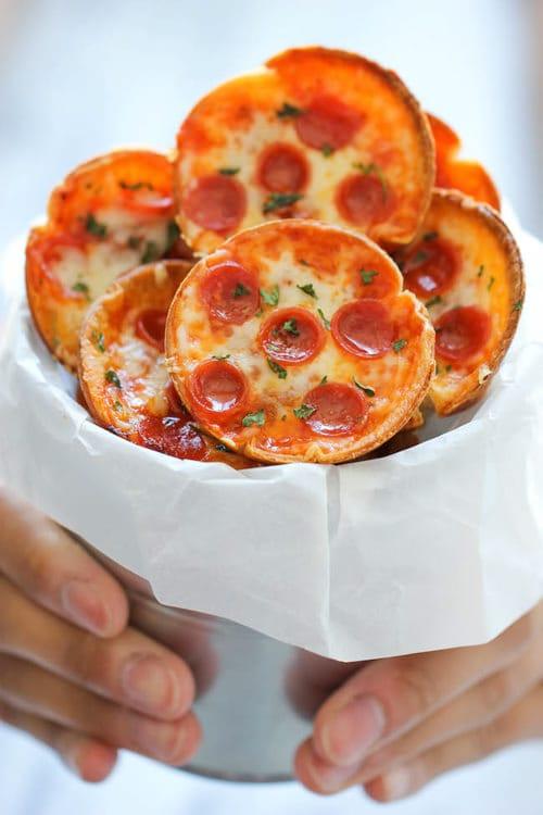 Mini Deep Dish Pizzas   Damn Delicious