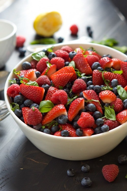 {Simple} Honey Basil Fruit Salad | The Housewife in Training Files