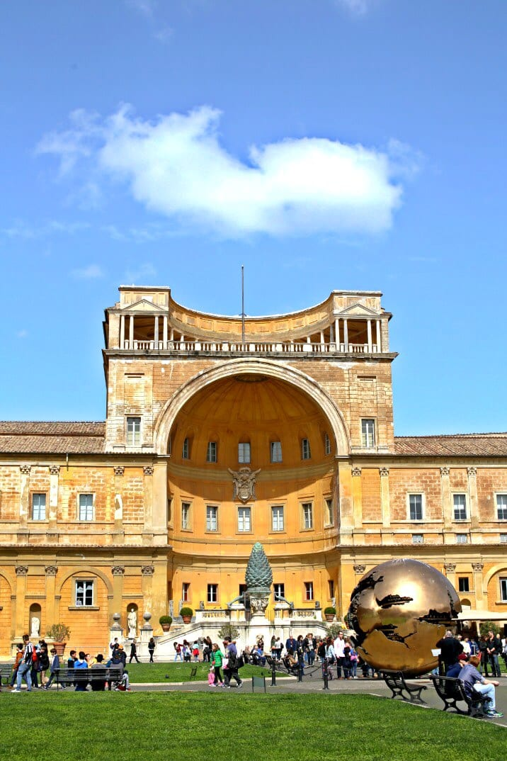 large building in rome with dome