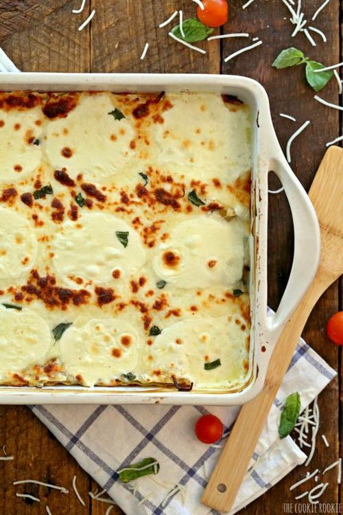 Creamy White Chicken Caprese Lasagna | The Cookie Rookie
