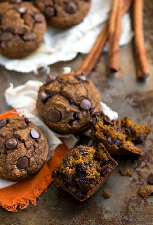{Skinny & Healthy} Pumpkin Chocolate-Chip Muffins | Chelsea's Messy Apron