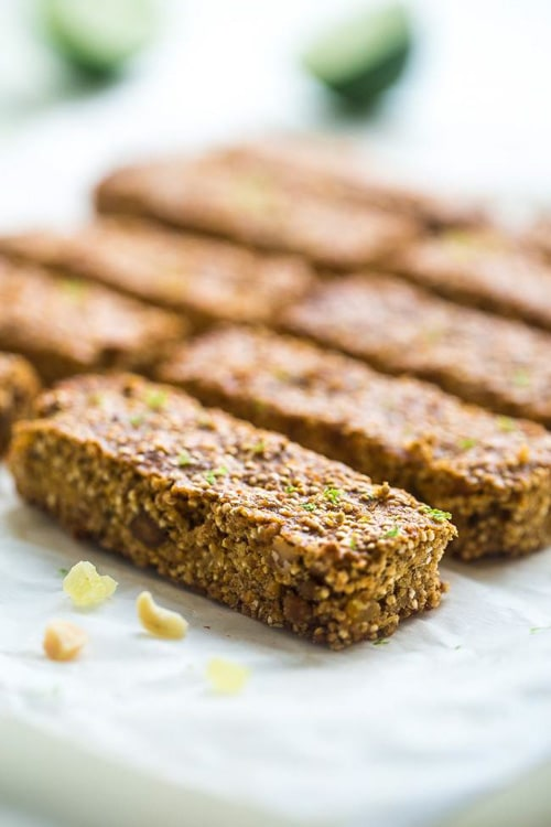 Tropical Quinoa Homemade Protein Bars with White Chocolate & Chickpeas | Food Faith Fitness