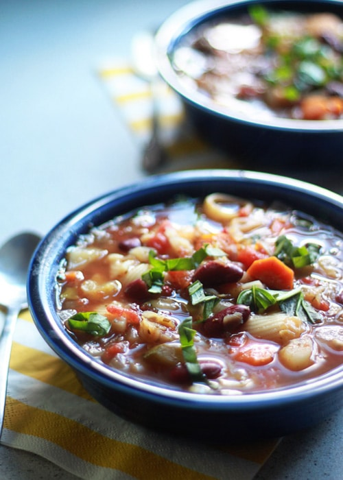 Vegetarian Pasta e Fagioli Soup {with Optional Ground Beef} | Kitchen Treaty