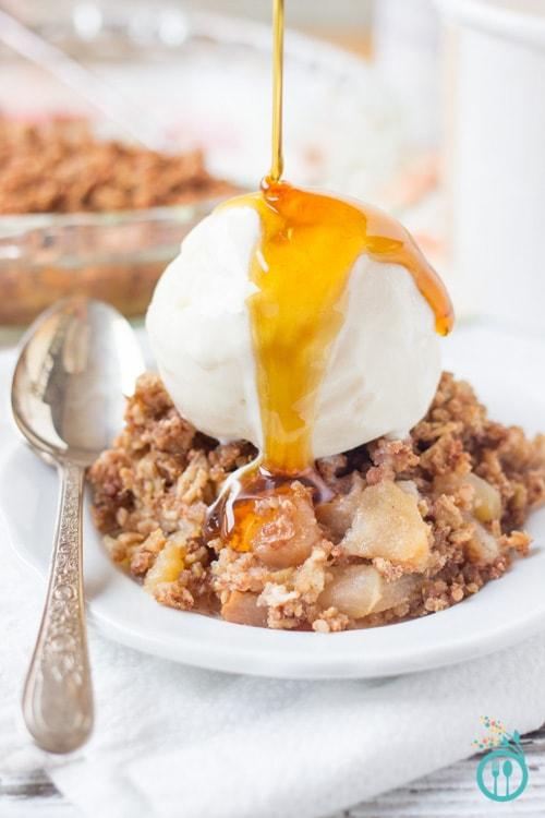 Pear and Quinoa Apple Crisp | Simply Quinoa