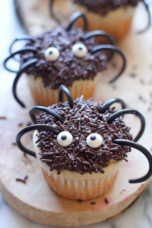 Halloween Spider Cupcakes | Damn Delicious