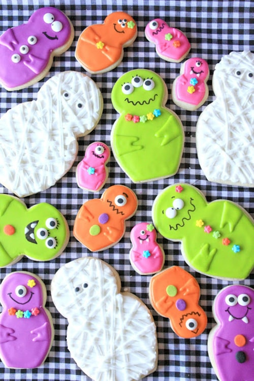 Mummy and Her Little Monsters {Cookies} | Munchkin Munchies