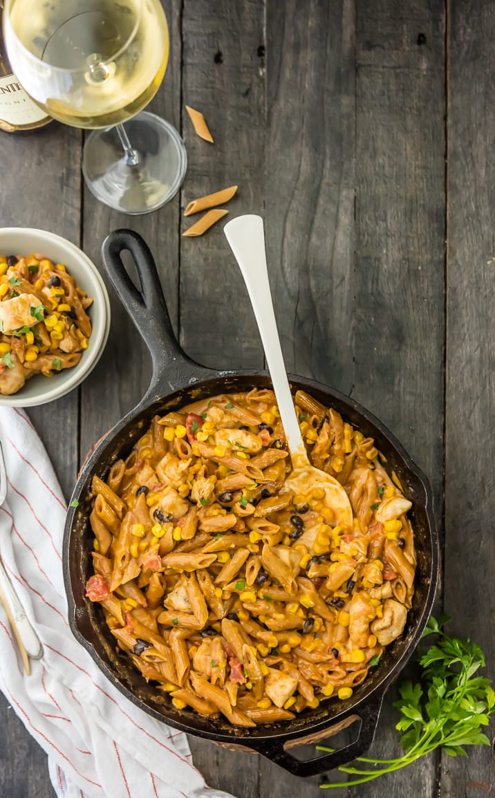 One Pan Southwest Chicken Alfredo Skillet, the answer to your EASY WEEKNIGHT MEAL needs! So yum. Made in just minutes, we LOVE THIS SKILLET CHICKEN ALFREDO RECIPE!