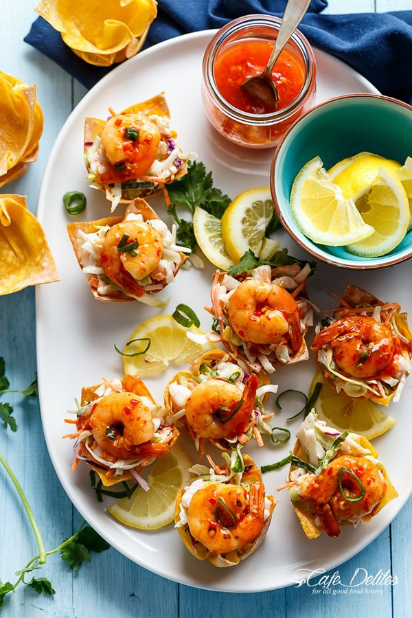 Garlic Prawn Salad Wonton Cups | Cafe Delites