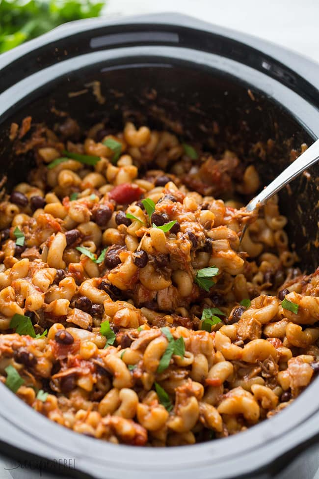 Slow Cooker BBQ Chicken Chili Mac | The Recipe Rebel