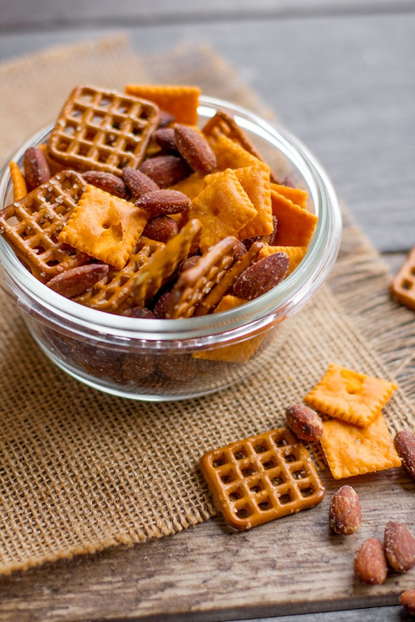 Five Minute Cheddar Smokehouse Snack Mix | Back to Her Roots