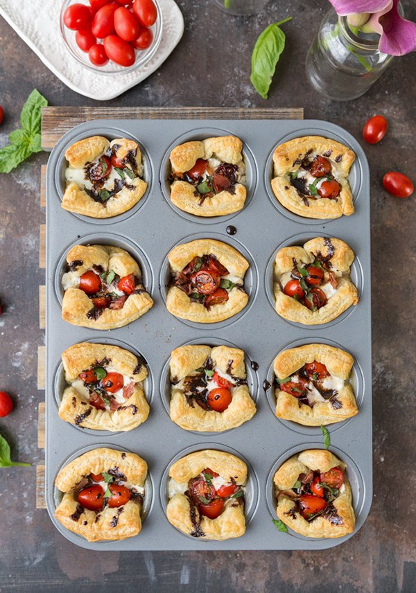 Puff Pastry Caprese Cups | The Cookie Rookie