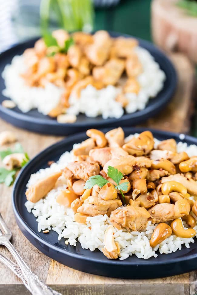 Slow Cooker Cashew Chicken | The Cookie Rookie
