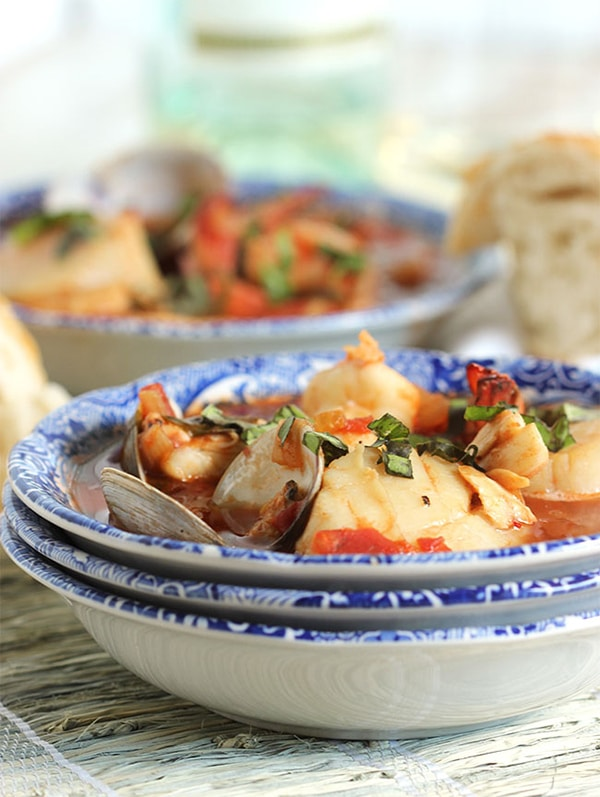 Easy Seafood Cioppino | The Surburban Soapbox