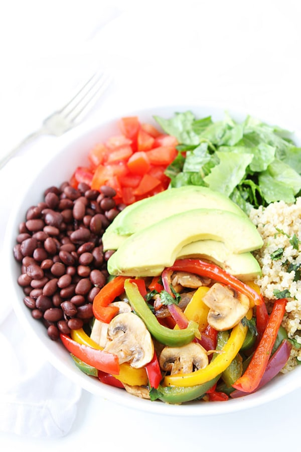 Fajita Quinoa Bowl | Two Peas and Their Pod