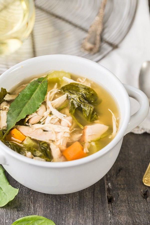 Crockpot Tuscan Chicken Soup | The Cookie Rookie