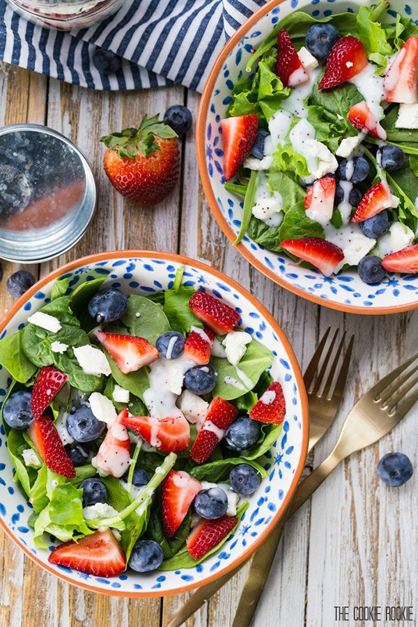 Red White and Blue Mason Jar Salad | The Cookie Rookie