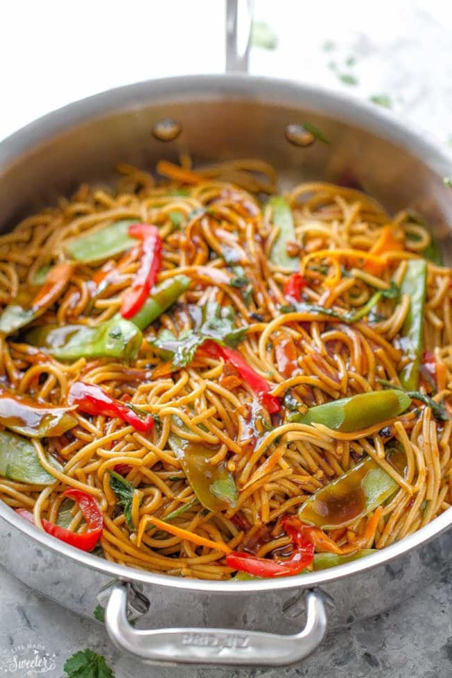 Easy Chicken Lo Mein | Life Made Sweeter