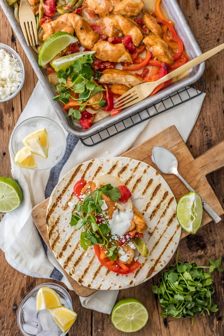 Skinny Baked Sheet Pan Chicken Fajitas (FOR TWO!) - The ...