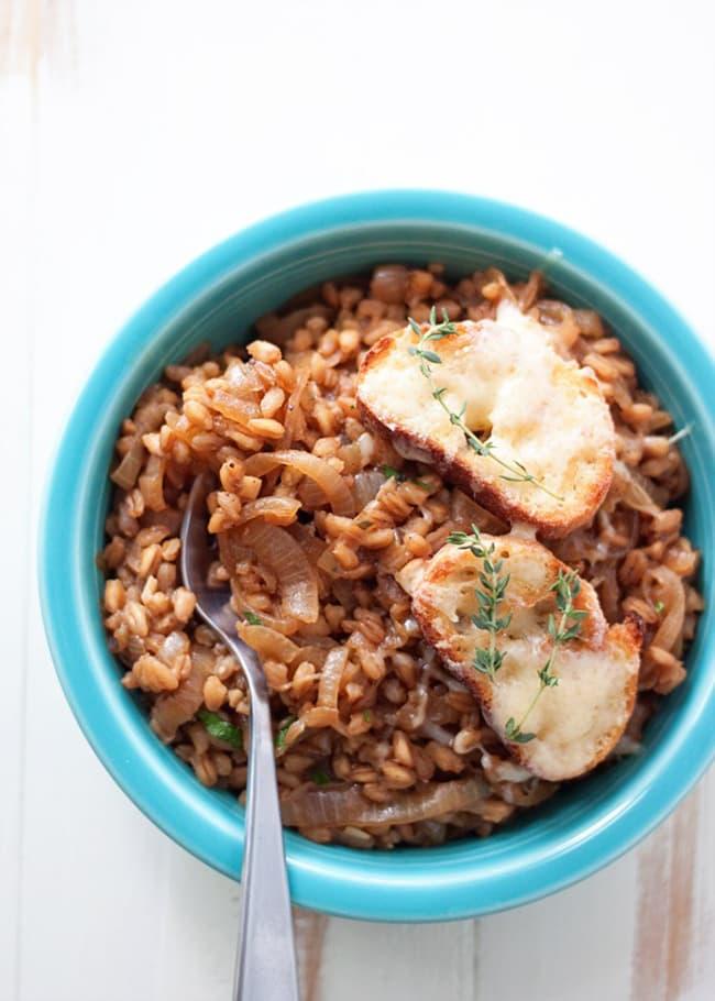 One Pot French Onion Farro | Kitchen Treaty