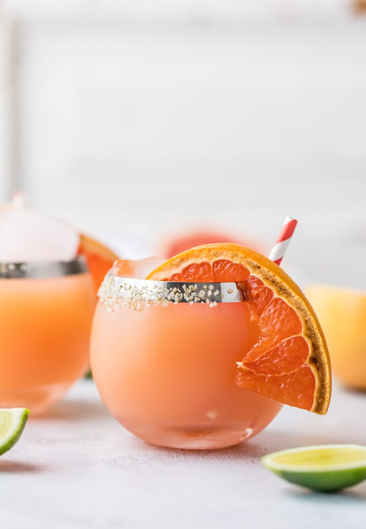 margarita garnished with grapefruit