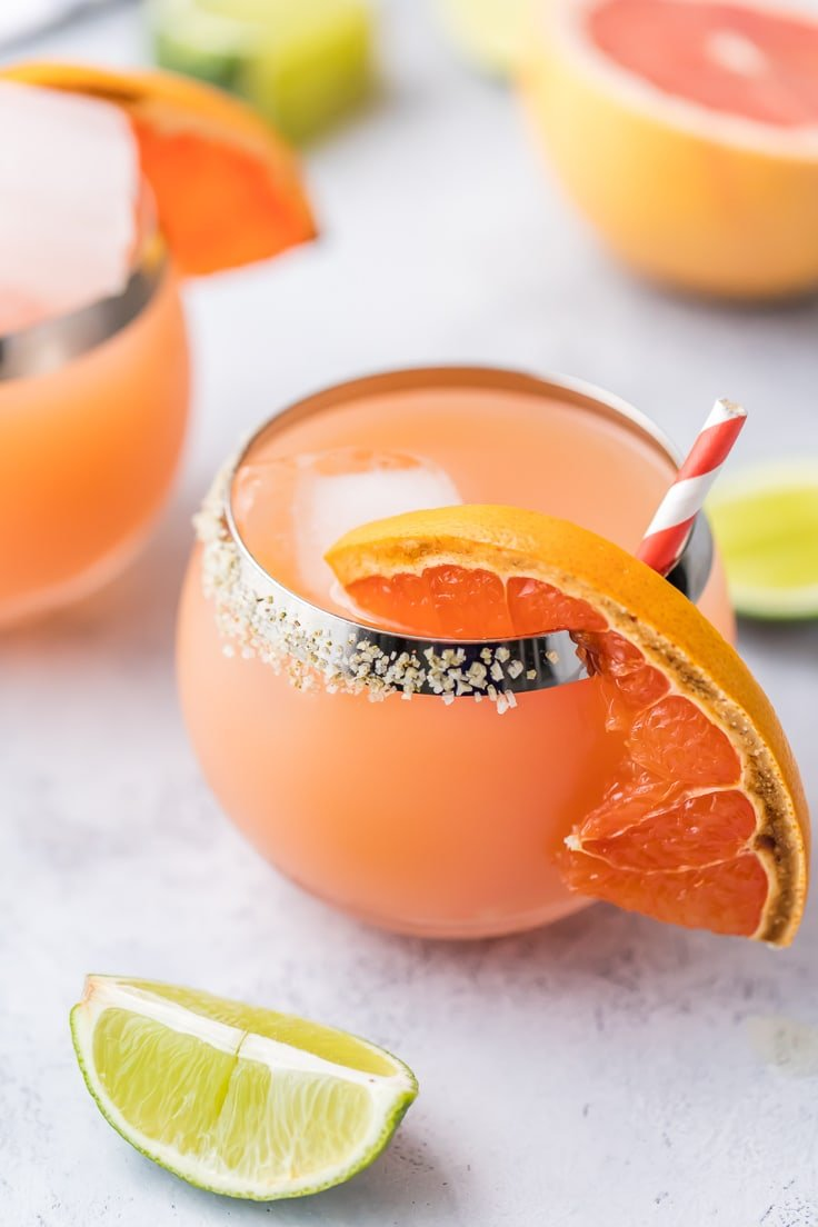 pink margaritas with grapefruit slices