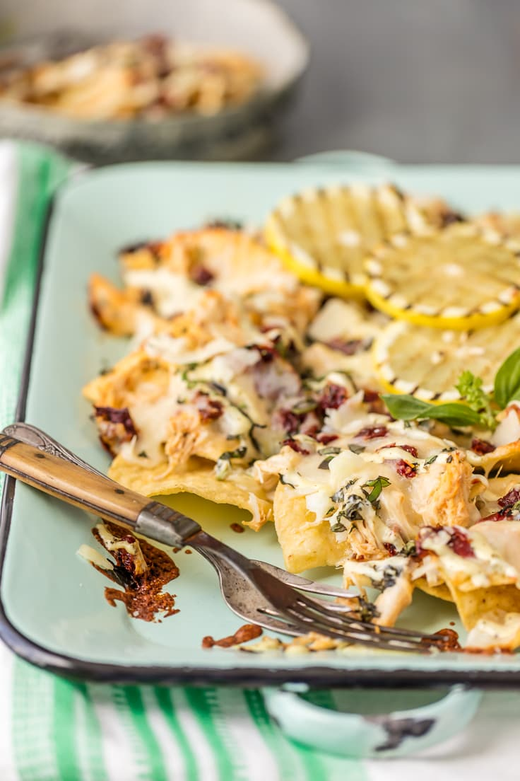 Stop Everything And Make Baked Chicken Alfredo Nachos! The Pulled Chicken  Alfredo Is Made In