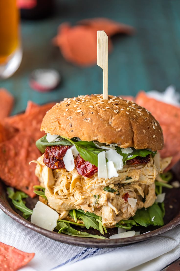 slow cooker chicken sandwich