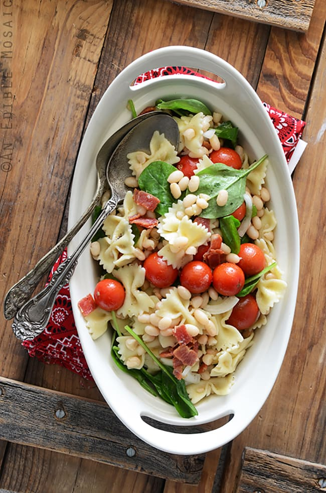 BLT Pasta Salad with White Beans | An Edible Mosaic