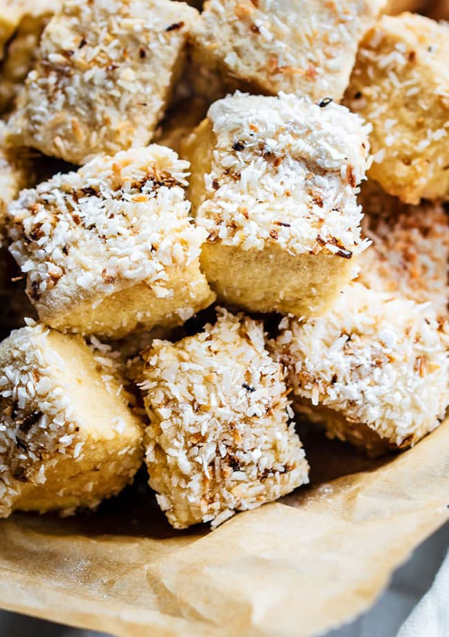 Homemade Marshmallows with Toasted Coconut | Cotter Crunch