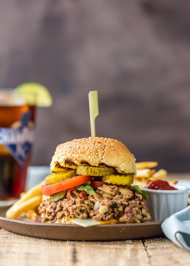 Slow Cooker Bacon Cheeseburger Sloppy Joes | The Cookie Rookie