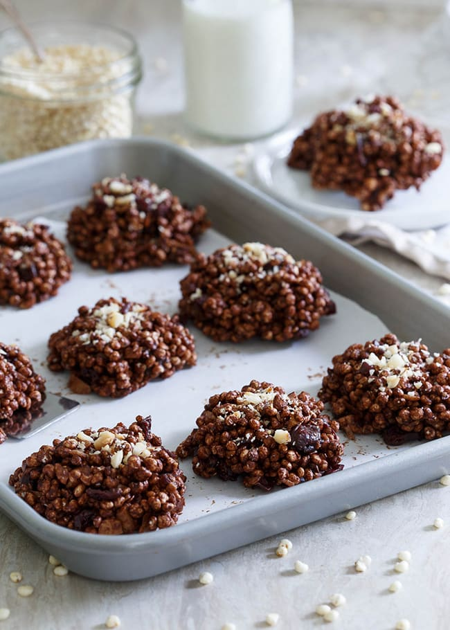 Chocolate Cranberry Puffed Millet Cookies | Running to the Kitchen