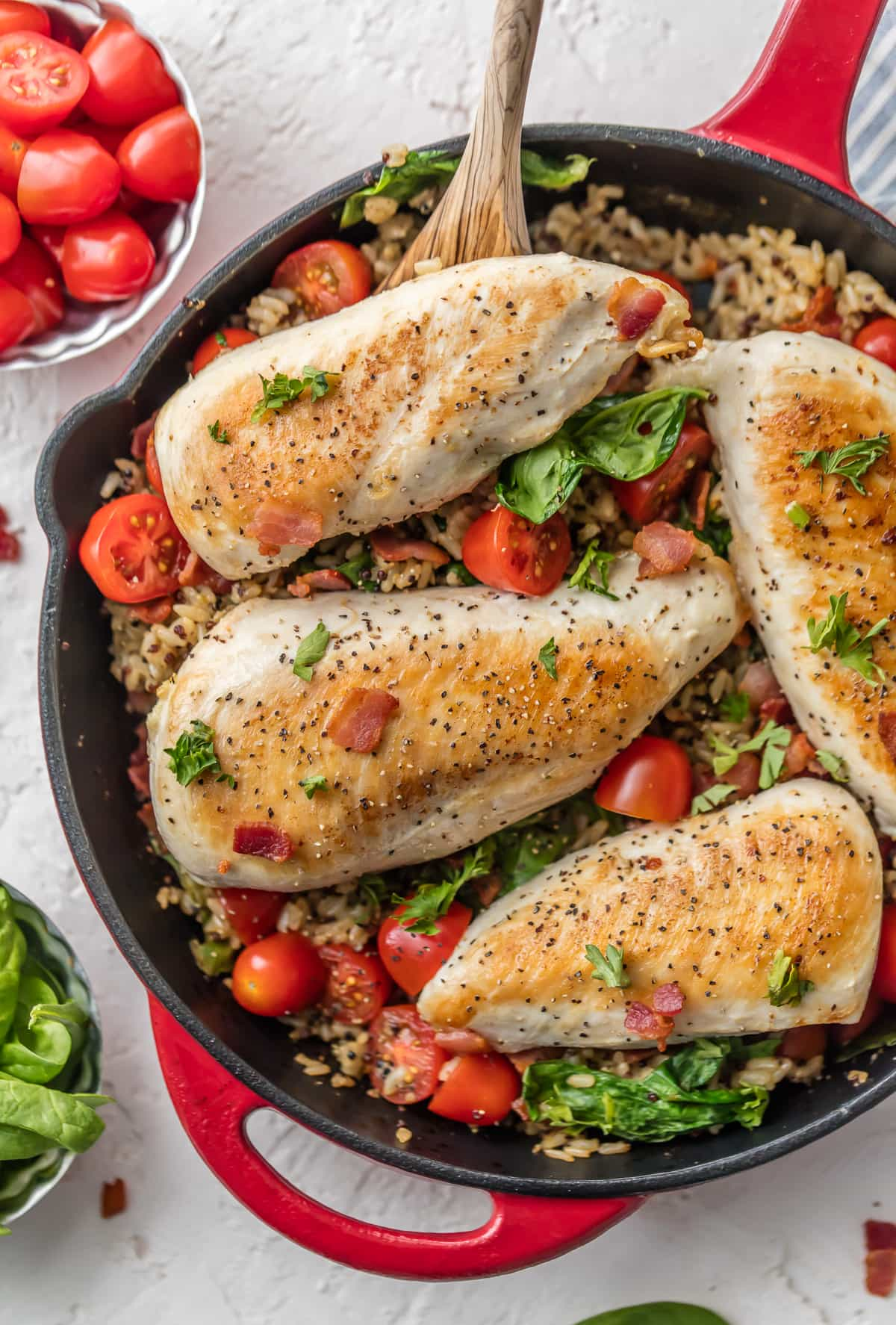 Chicken and brown rice recipe with spinach, tomato, and bacon