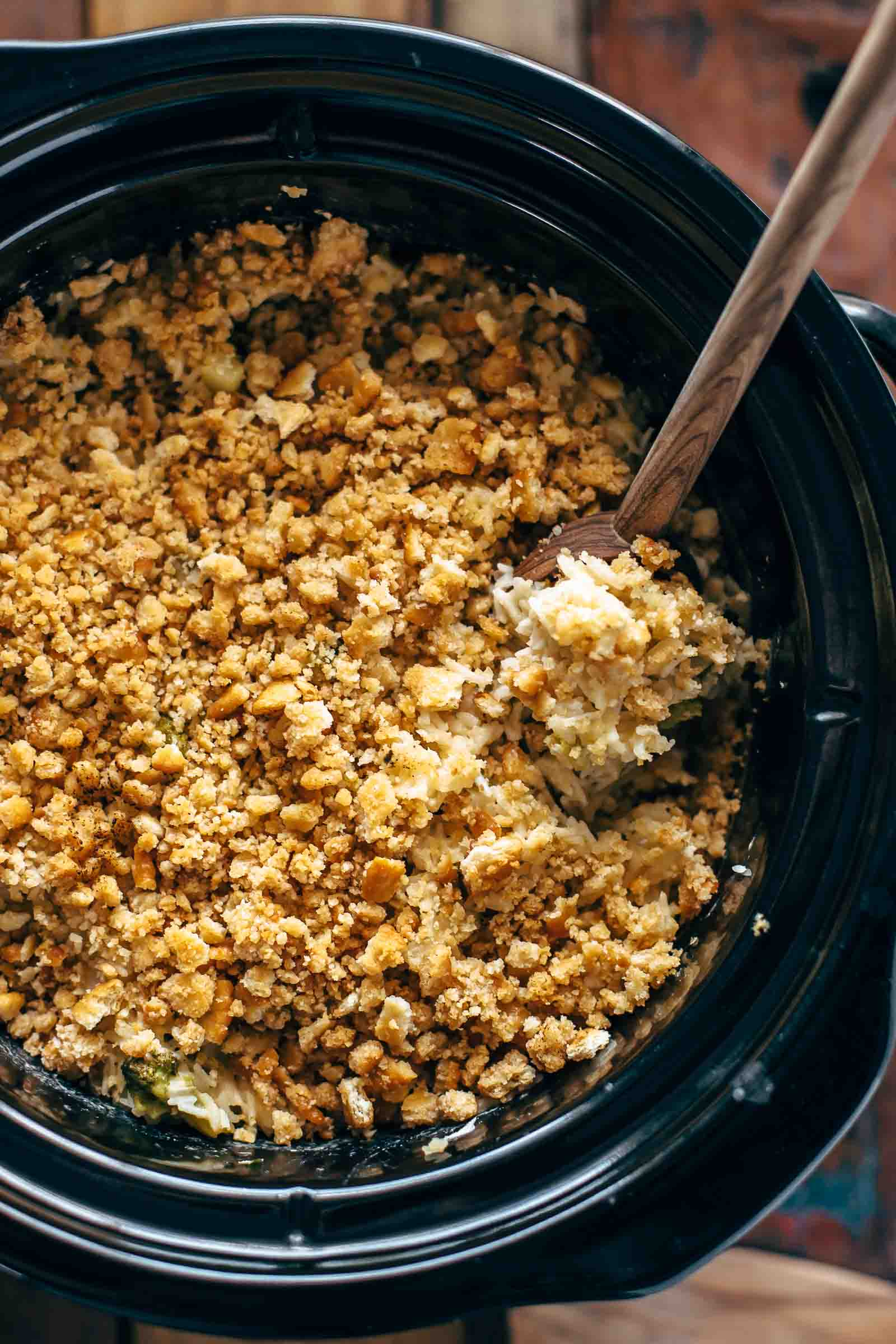 Slow Cooker Velveeta Broccoli Rice Casserole Recipe