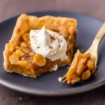 Caramel Macadamia Nut Pumpkin Pie Bars